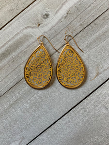 Reign Filigree Earring (Multiple Colors)