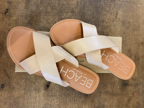 Pebble Criss Cross Slides