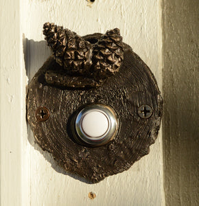 Lodgepole (Closed Cone) Log End Doorbell (1) | Timber Bronze | Oregon
