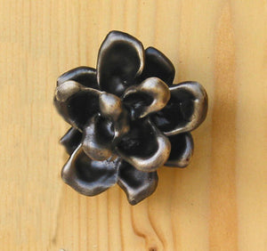 Pinyon Cone Knob (Medium) | Timber Bronze | Oregon