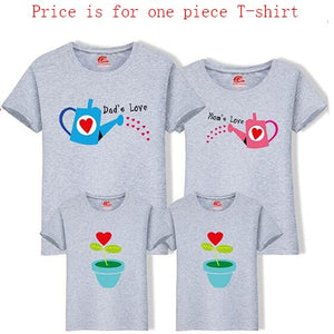 Family T-shirt Clothing Outfits For Mother Daughter Father Son
