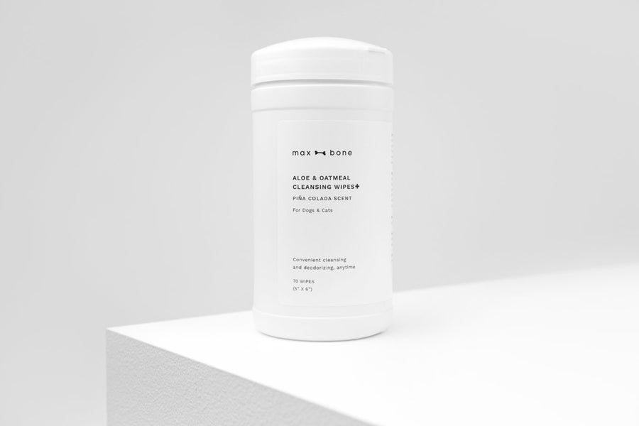 Max-Bone x CD - Aloe & Oatmeal Cleansing Wipes