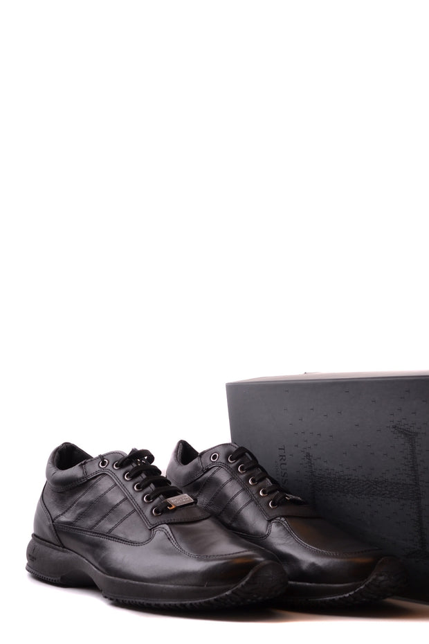 Shoes Trussardi in leather