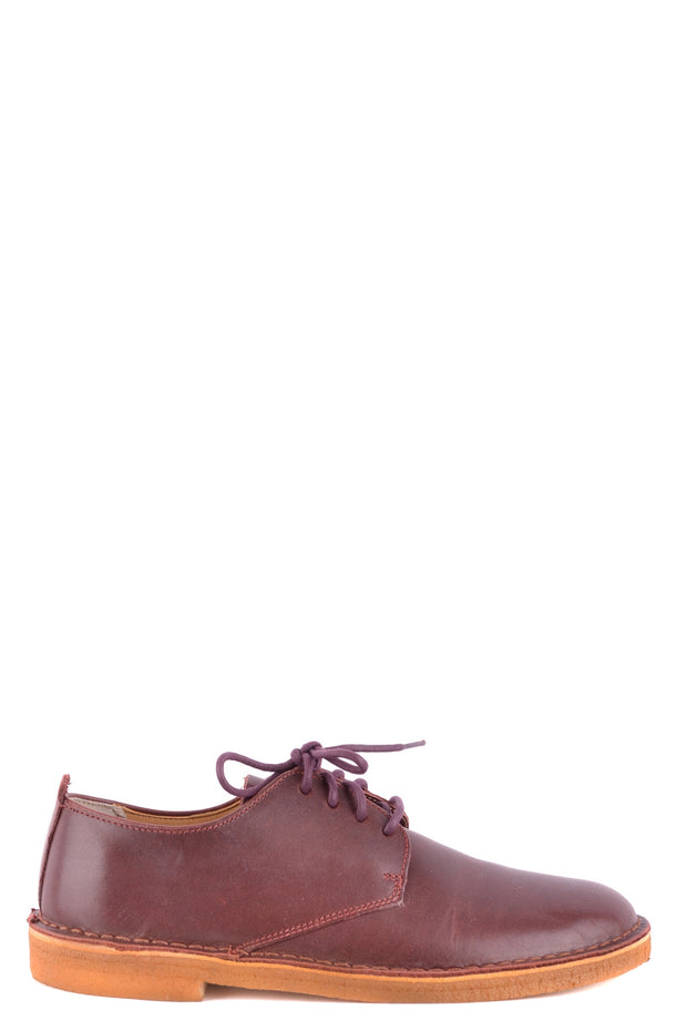 Burgundy derby Clarks in leather
