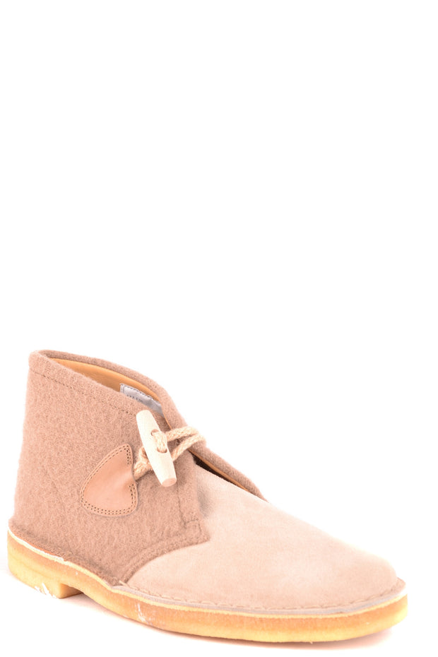 Light brown Clarks boots
