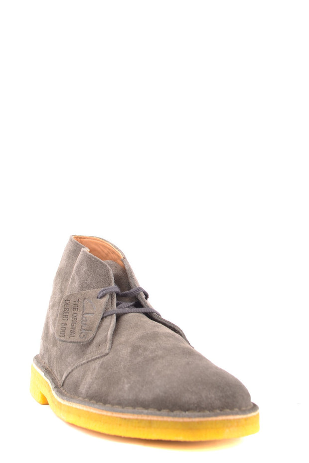 Clarks boots grey with yellow sole