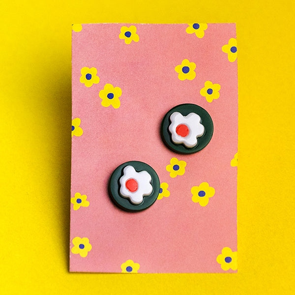 Green Circle Daisy Earrings