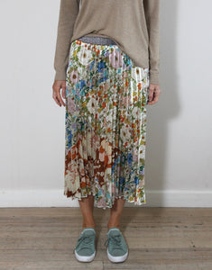 Frankies Pleated Skirt Vintage Floral
