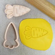 Little Biskut Carrot Cutter and Embosser Set