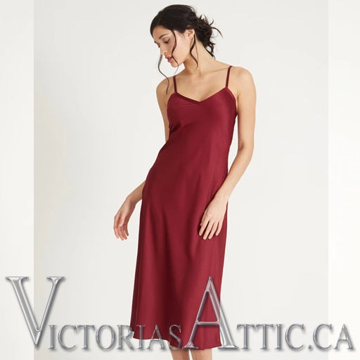 Rya Fresh Gown - Burgundy