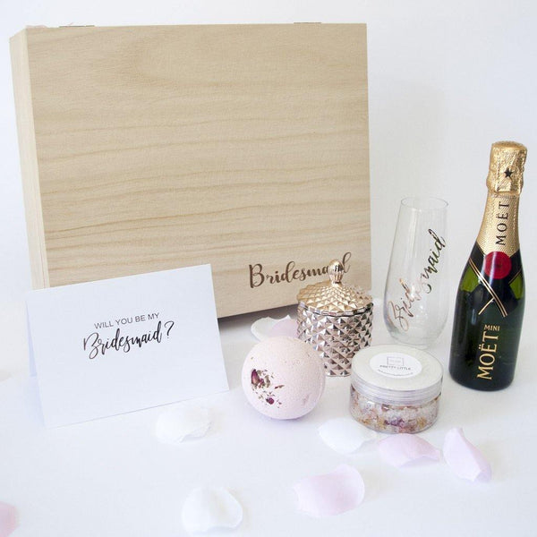Timber Bridesmaid Box, Personalised stemless Wine glass, Moet, Rose Shea Bath Fizzy, Rose Bath salts, Rose Gold soy candle, Personalised Greeting Card
