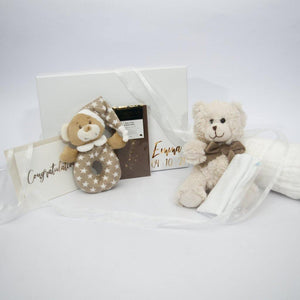 Neutral Baby Shower Gift Box