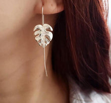 Load image into Gallery viewer, Handmade 925 Sterling Silver/ 18k Gold Plated Leaf Drop Earrings - THE VINTAGE LOOK Henley-on-Thames