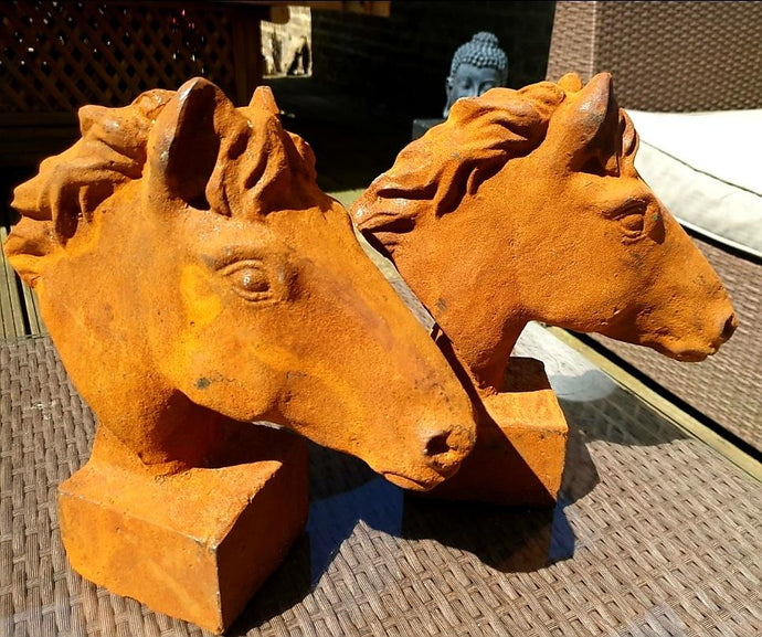 Pair of Cast Iron Horses - THE VINTAGE LOOK Henley-on-Thames