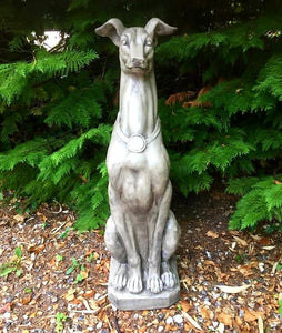 Stone Effect Garden Hound - THE VINTAGE LOOK Henley-on-Thames