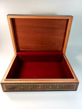 Load image into Gallery viewer, Vintage Luxurious Syrian Mosaic Multipurpose Box - THE VINTAGE LOOK Henley-on-Thames