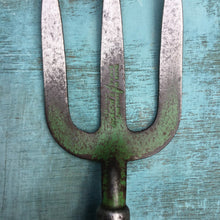 Load image into Gallery viewer, Vintage Spear and Jackson Garden Hand Fork c1960s - THE VINTAGE LOOK Henley-on-Thames