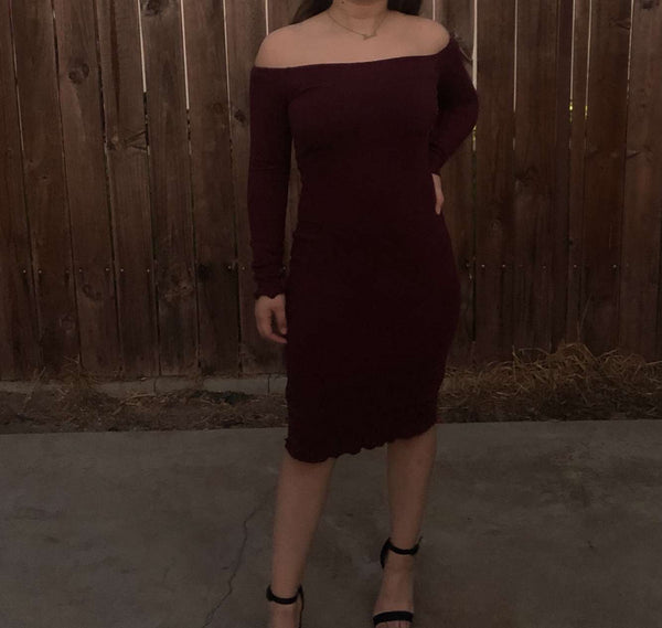 Penelope Dress (Burgundy)