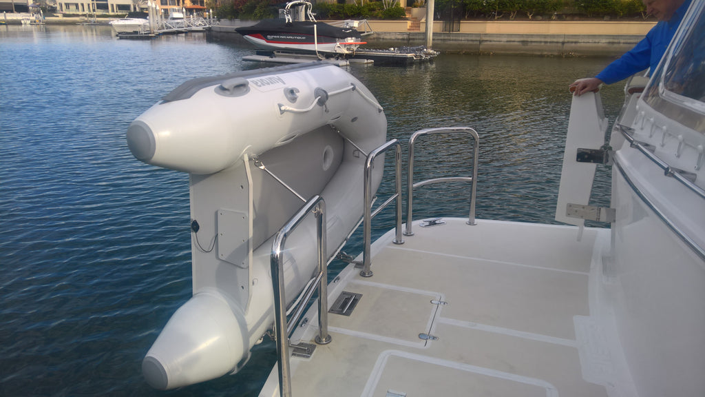 Aurora Inflatable Boat - Air Deck 260 Fully Welded Construction