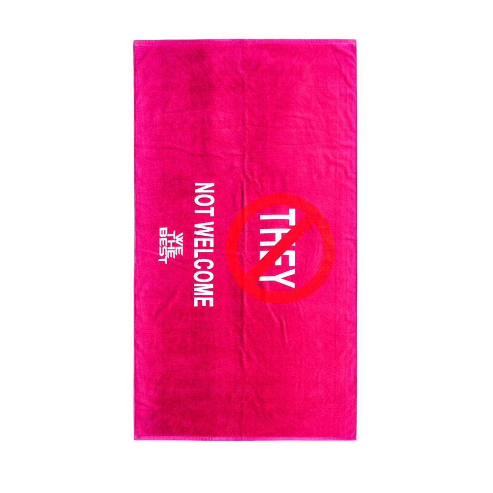 BUBBLE BATH TALK 'NO THEY' TOWEL