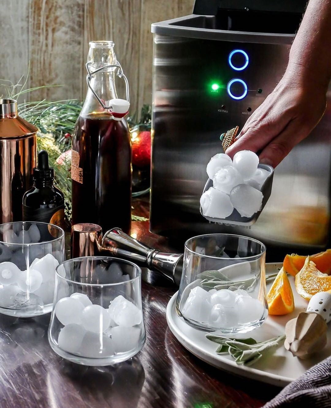Choosing The Best Portable Ice Maker For Your Home