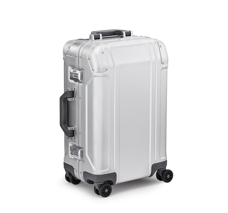 Zero Halliburton Geo Aluminum 3.0 International Carry-On