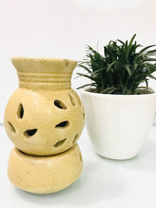 Pot Shape with Base Oil Diffuser