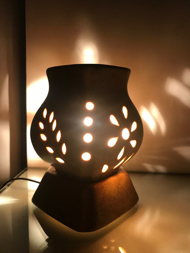 Vase Shape Oil Diffuser