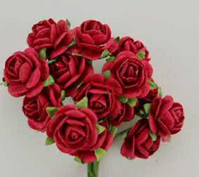 GREEN TARA ROSES 1.5CM RED