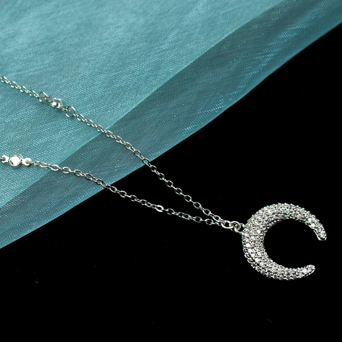 Mini Crescent Moon Necklace N1709 - Sweet Romance Wholesale