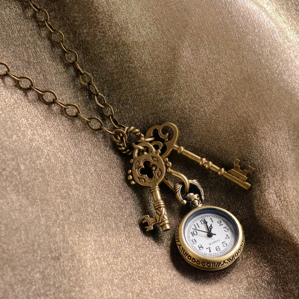 Steampunk Pocket Watch and Antique Key Necklace - Sweet Romance Wholesale