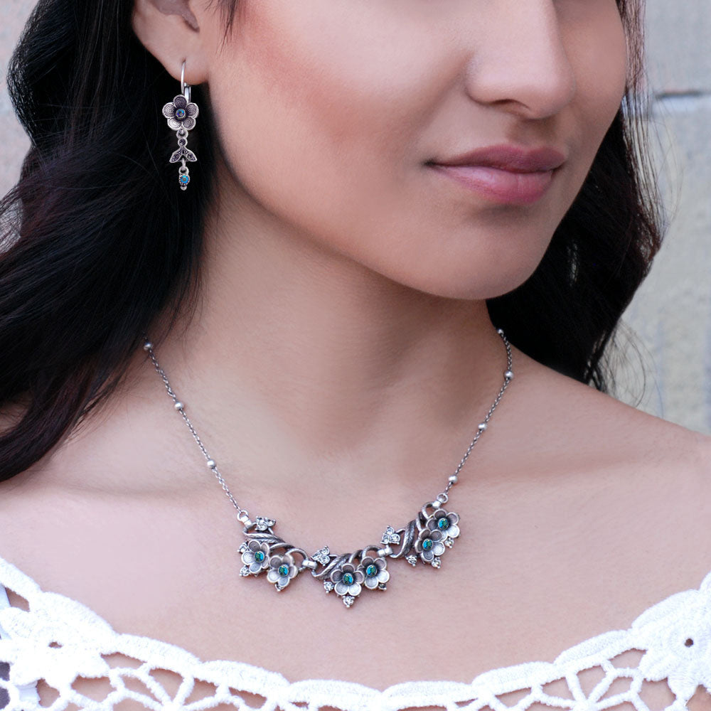 Desert Flower Necklace & Earrings Set - Sweet Romance Wholesale