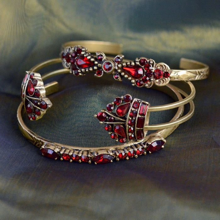 Linear Bracelet BR521 - Sweet Romance Wholesale