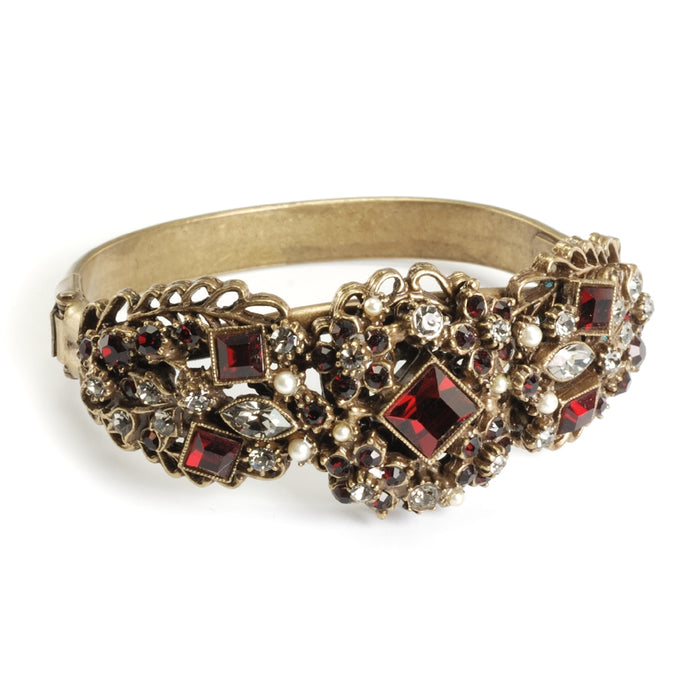 Garnet and Pearl Bracelet BR836-GA - Sweet Romance Wholesale