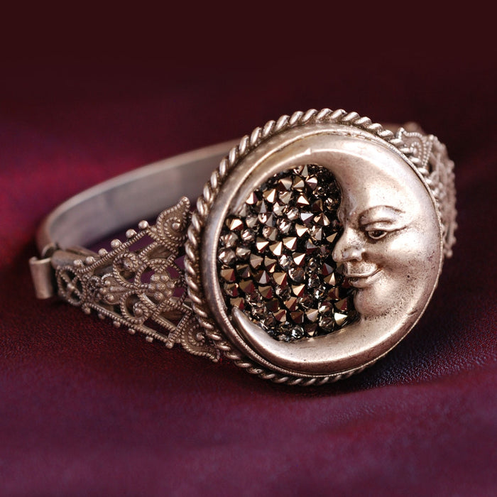 Crescent Moon Bracelet BR882 - Sweet Romance Wholesale