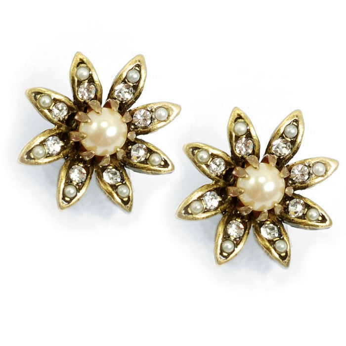 Daisy Pearl Flower Earrings E1128 - Sweet Romance Wholesale