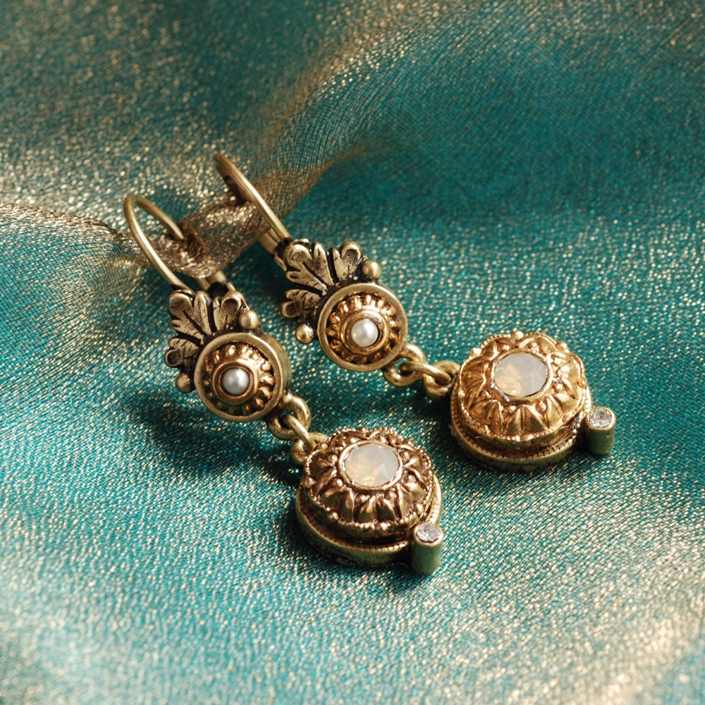 Victorian Rosette Earrings E1172