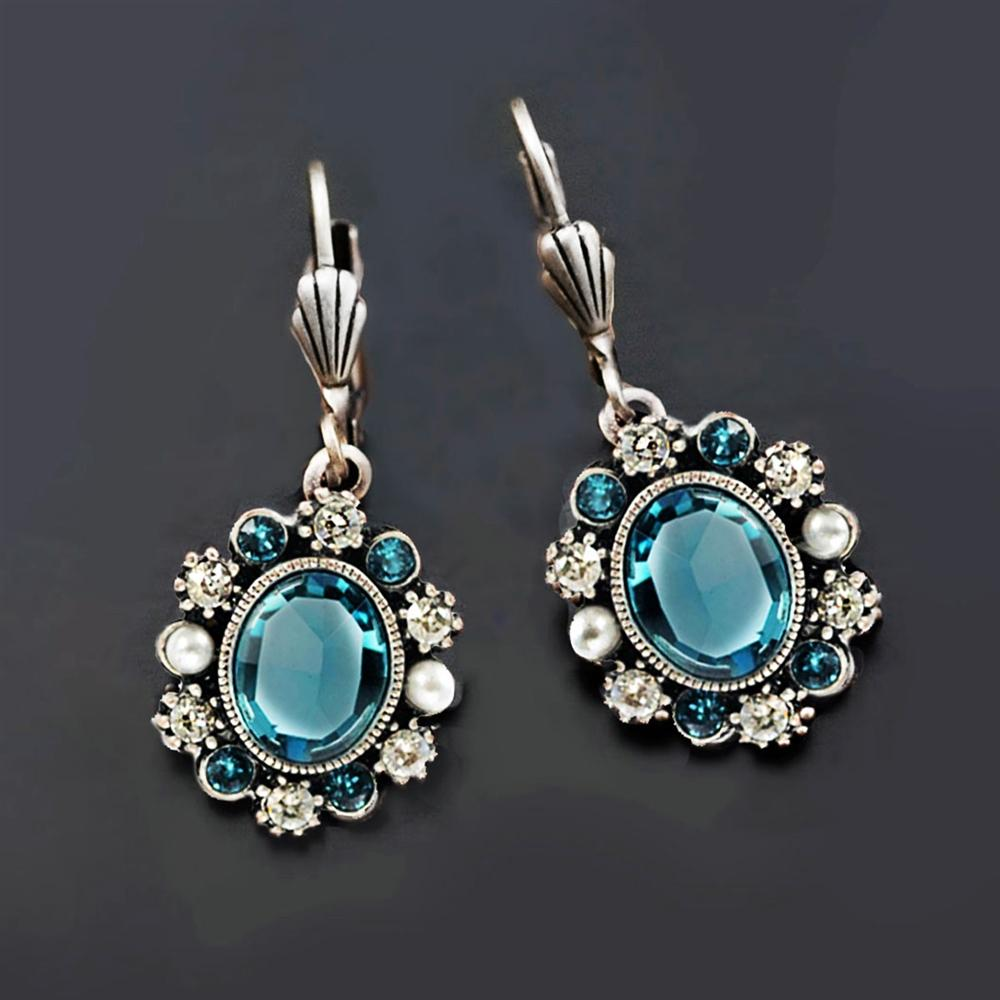 Oval Crystal Classic Earrings E1444 - Sweet Romance Wholesale