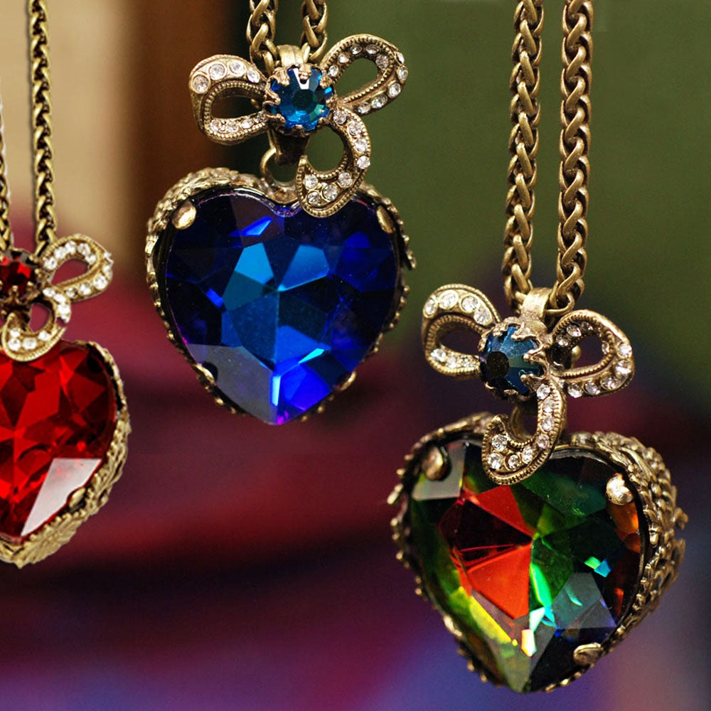 Hollywood Crystal Heart Pendant Necklace - Sweet Romance Wholesale