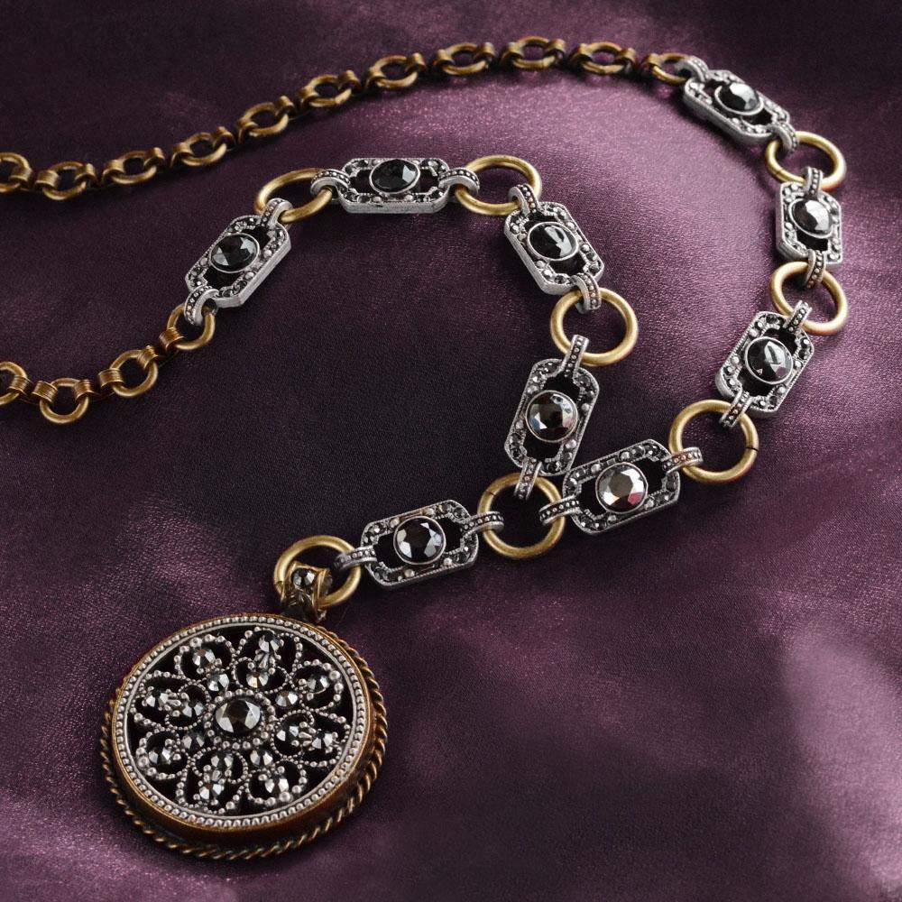 Gothic Window Necklace - Sweet Romance Wholesale