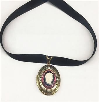 Cameo Locket Choker Necklace N1522 - Sweet Romance Wholesale