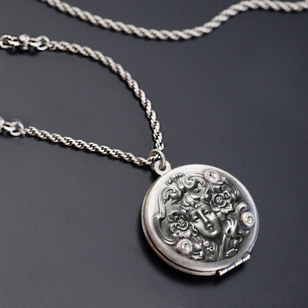 Art Nouveau Silver Locket N1582 - Sweet Romance Wholesale