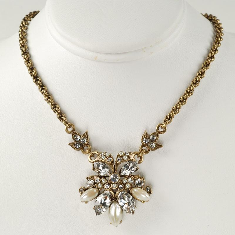 Vintage Crystal Necklace - Sweet Romance Wholesale
