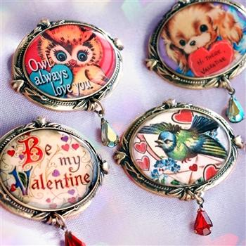 Retro Love Set of FOUR Valentines Pins P347 - Sweet Romance Wholesale