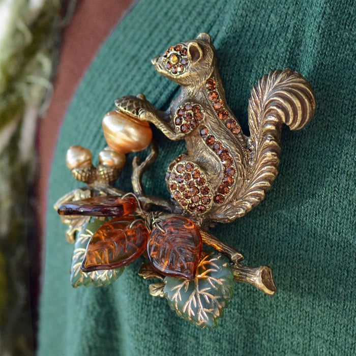 Squirrel Harvest Pin - Sweet Romance Wholesale