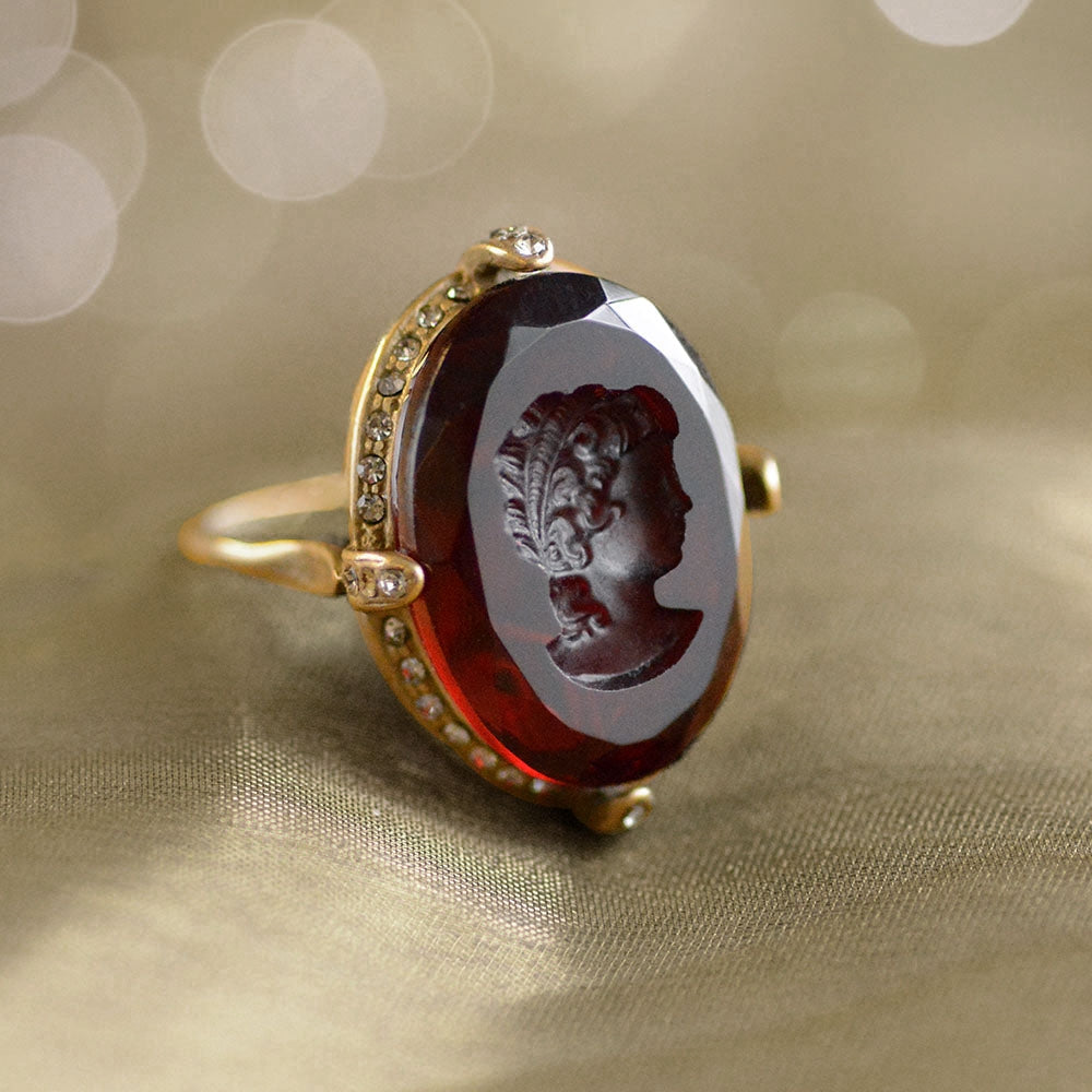 Faceted Glass Oval Intaglio Ring - Sweet Romance Wholesale