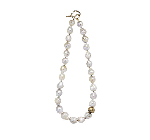 Cloud Celestial Pearl Necklace