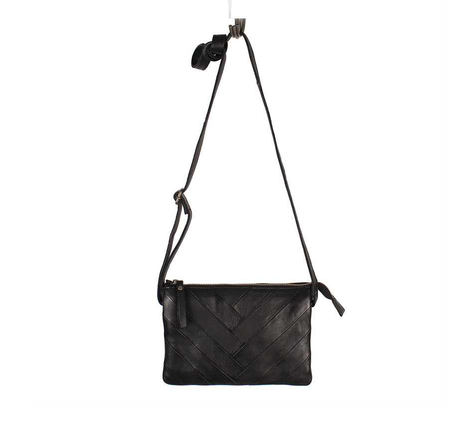 Stitched V Purse in Black