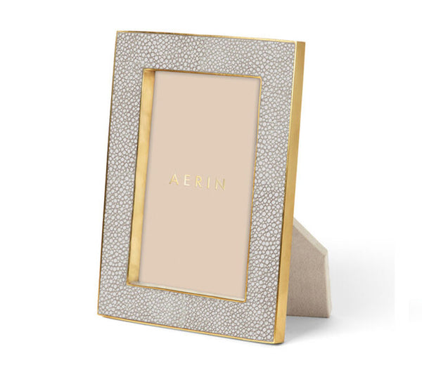 Classic Shagreen Frame In Dove