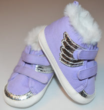Load image into Gallery viewer, Gymboree Purple With Silver Wings Velcro Shoes